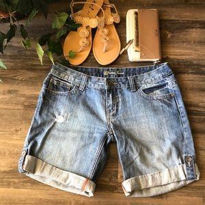 🍦 Guess Denim Cuffed Shorts